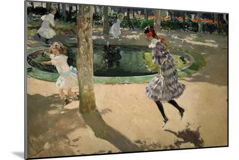 Girls with Skipping Ropes. Saltando a La Comba, 1907-Joaqu?n Sorolla y Bastida-Mounted Giclee Print