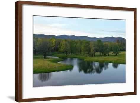 Columbia Gorge Near Multnomah Falls, Oregon-Vickie Lewis-Framed Art Print
