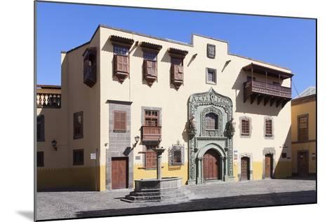 Casa De Colon, Vegueta Old Town, Las Palmas, Gran Canaria, Canary Islands, Spain, Europe-Markus Lange-Mounted Photographic Print