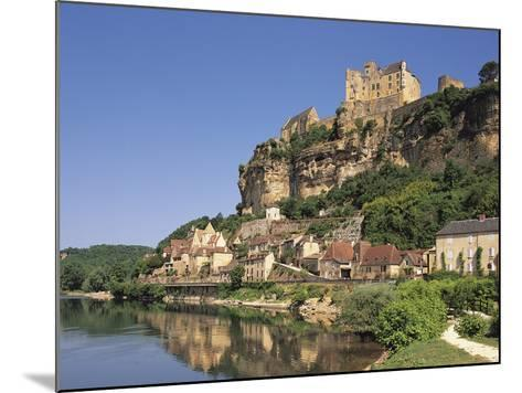 Beynac, Aquitaine, Dordogne, France-Michael Busselle-Mounted Photographic Print