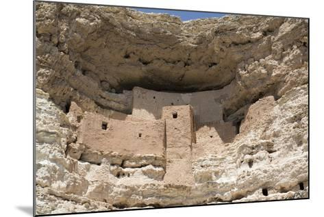 Cliff Dwelling of Southern Sinagua Farmers-Richard Maschmeyer-Mounted Photographic Print