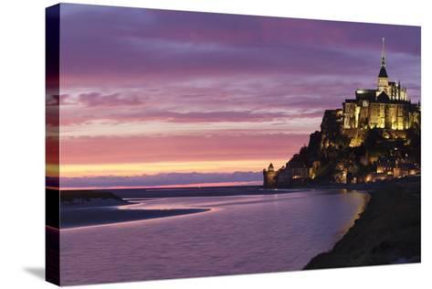 Mont Saint Michel, UNESCO World Heritage Site, Manche, Basse Normandy, France, Europe-Markus Lange-Stretched Canvas Print