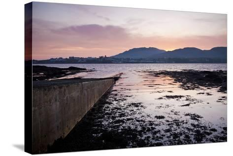 Roundstone, Connemara, County Galway, Connacht, Republic of Ireland, Europe-Ben Pipe-Stretched Canvas Print