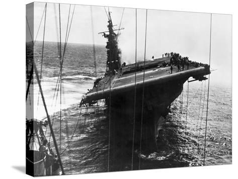 Damaged U.S. Aircraft Carrier Franklin--Stretched Canvas Print