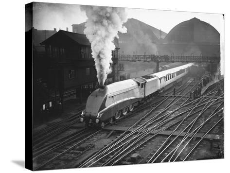 Silver Link Train Leaves King's Cross Station--Stretched Canvas Print