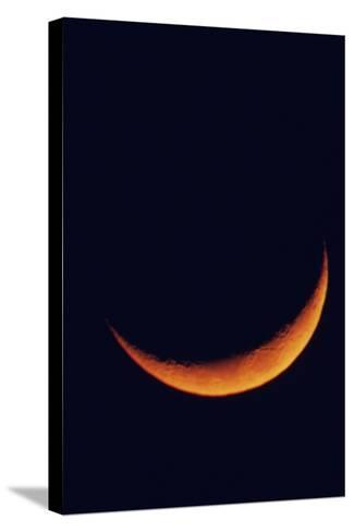 Crescent Moon Setting-Roger Ressmeyer-Stretched Canvas Print