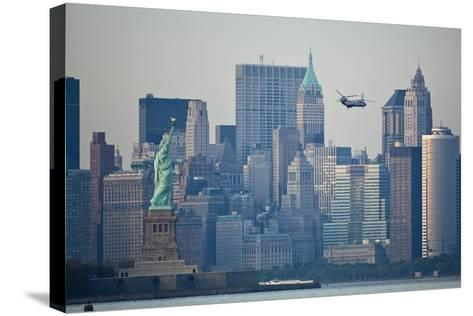 Statue of Liberty, New York City-Paul Souders-Stretched Canvas Print