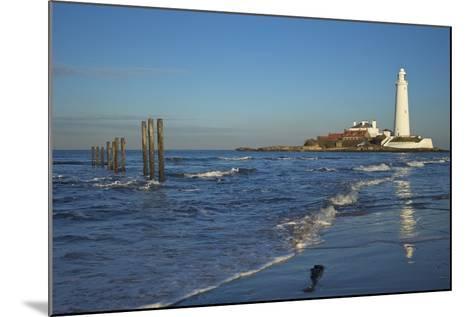 St. Marys Lighthouse, Whitley Bay, North Tyneside, Tyne and Wear, England, United Kingdom, Europe-Peter Barritt-Mounted Photographic Print