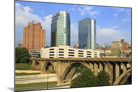 Downtown Skyline, Knoxville, Tennessee, United States of America, North America-Richard Cummins-Mounted Photographic Print