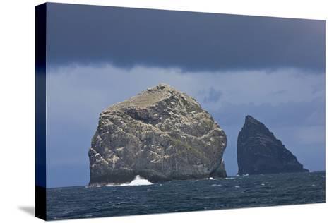 Stac Lee and Stac an Armin, St. Kilda Archipielago, Outer Hebrides, Scotland, UK-Mu?oz-Stretched Canvas Print