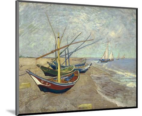 Fishing Boats on the Beach at Les Saintes-Maries-De-La-Mer-Vincent van Gogh-Mounted Giclee Print