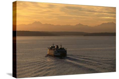 Ferry Boat in Elliot Bay-Paul Souders-Stretched Canvas Print