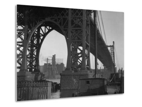 Williamsburg Bridge Spanning East River-Philip Gendreau-Metal Print