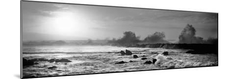 Waves Breaking on Rocks in the Ocean, Three Tables, North Shore, Oahu, Hawaii, USA--Mounted Photographic Print