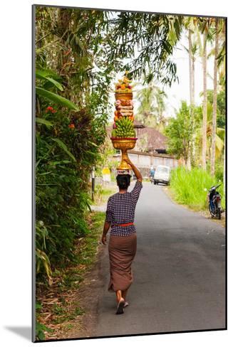Woman Carrying Offering to Temple, Pejeng Kaja, Tampaksiring, Bali, Indonesia--Mounted Photographic Print