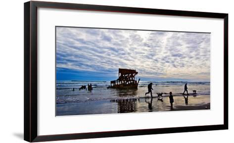 Peter Iredale Shipwreck, Fort Stevens, Oregon, USA--Framed Art Print