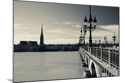 Pont De Pierre Bridge across Garonne River, Bordeaux, Gironde, Aquitaine, France--Mounted Photographic Print