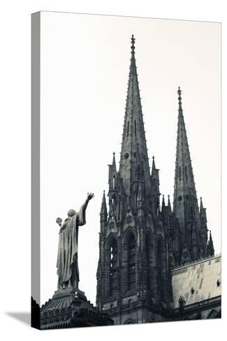 Low Angle View of a Cathedral, Cathedrale Notre-Dame-De-L'Assomption, Clermont-Ferrand--Stretched Canvas Print