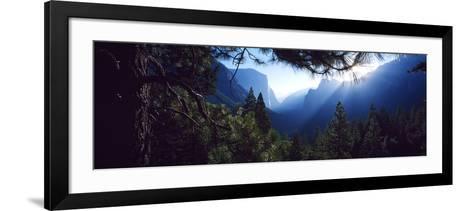 Tunnel View Point at Sunrise, Yosemite National Park, California, USA--Framed Art Print