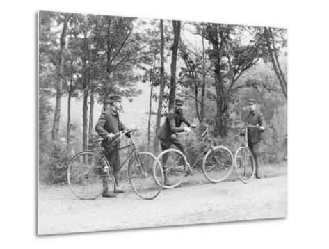 Bicyclists in Central Park--Metal Print