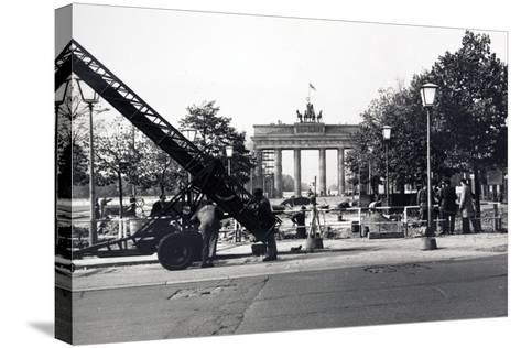 The Berlin Wall, under Construction in August 1961--Stretched Canvas Print