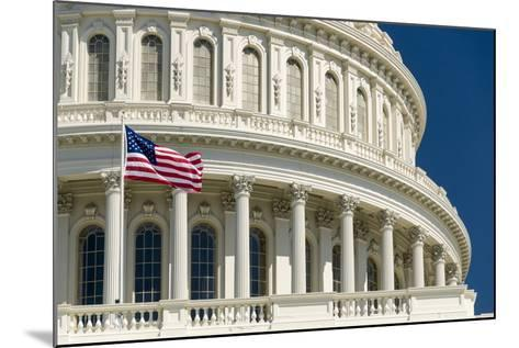 Close Up of the Capitol Building-John Woodworth-Mounted Photographic Print