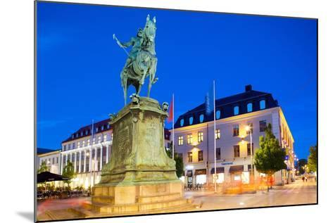 Statue on Ostra Larmgatan at Dusk, Gothenburg, Sweden, Scandinavia, Europe-Frank Fell-Mounted Photographic Print
