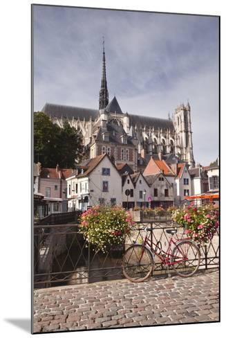 Notre Dame D'Amiens Cathedral-Julian Elliott-Mounted Photographic Print