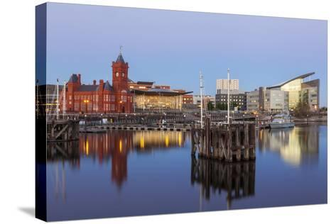 Cardiff Bay, Cardiff, Wales, United Kingdom, Europe-Billy Stock-Stretched Canvas Print