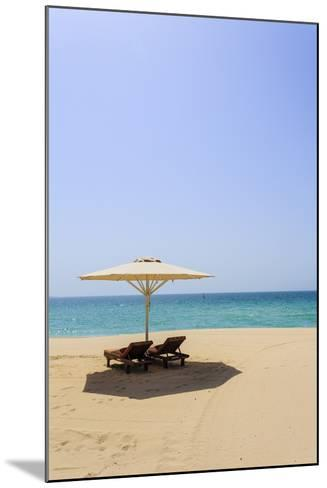 Jumeirah Beach, Dubai, United Arab Emirates, Middle East-Amanda Hall-Mounted Photographic Print