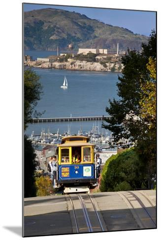 San Francisco cable car, California, USA-Brian Jannsen-Mounted Photographic Print