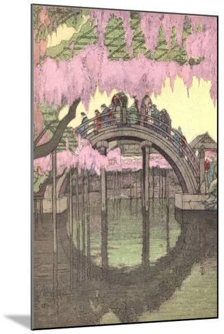 Hump-Backed Bridge, Kameido Tenjin--Mounted Art Print