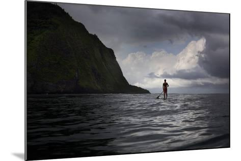 Stand Up Paddle Boarding in Waipi'O Bay-Chris Bickford-Mounted Photographic Print