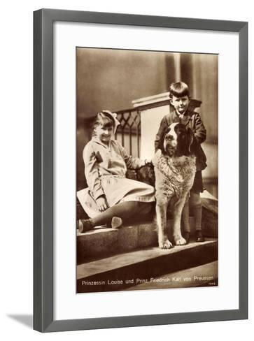 Prinzessin Louise Und Prinz Friedrich Karl Von Preußen Mit Bernhardiner--Framed Art Print