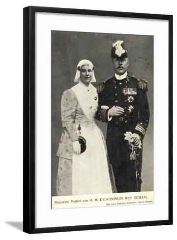 Koningin Wilhelmina Met Gemaal, Niederlande--Framed Art Print