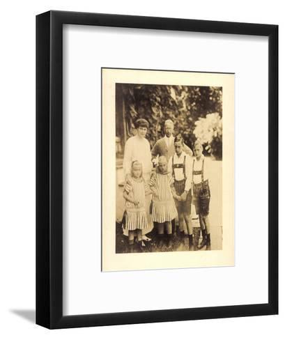 Foto Kronprinz Wilhelm Von Preußen Mit Kindern--Framed Art Print
