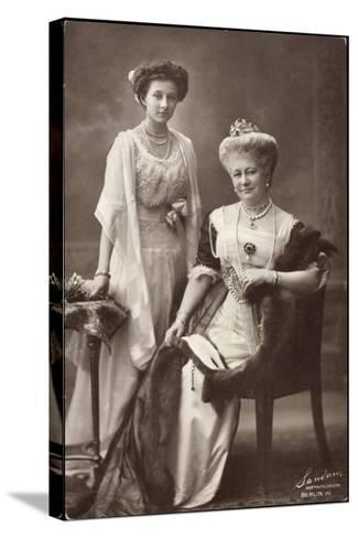 Kaiserin Auguste Viktoria, Prinzessin Viktoria Luise--Stretched Canvas Print