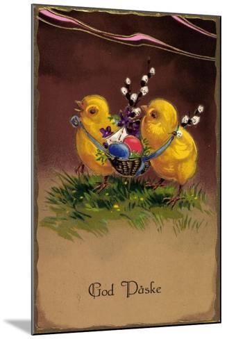 Pr?ge Frohe Ostern, K?ken Tragen Ostereier Im Korb--Mounted Giclee Print