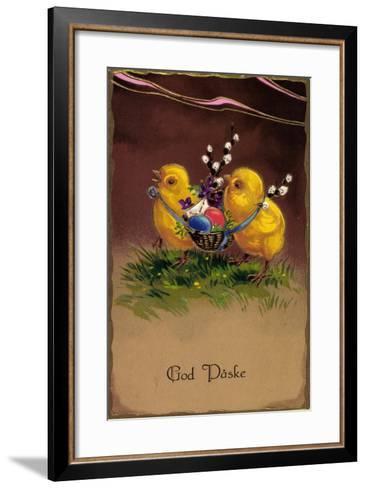 Pr?ge Frohe Ostern, K?ken Tragen Ostereier Im Korb--Framed Art Print