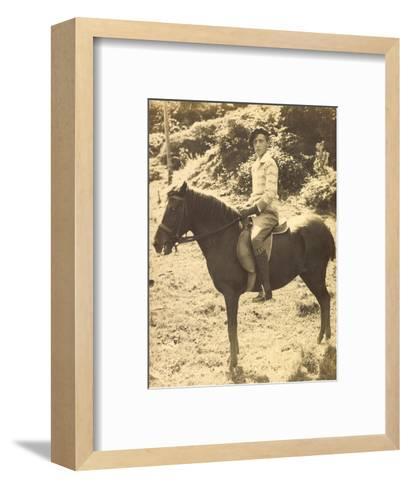 Foto Prinz Robert Von Österreich, Bruder Von Otto Von Habsburg, Pferd--Framed Art Print