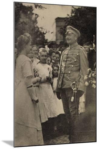 Foto König Friedrich August III, Husarenuniform--Mounted Giclee Print