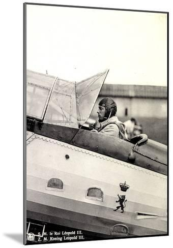 S.M. Le Roi L?opold III Asis Sur Un A?roplane--Mounted Giclee Print