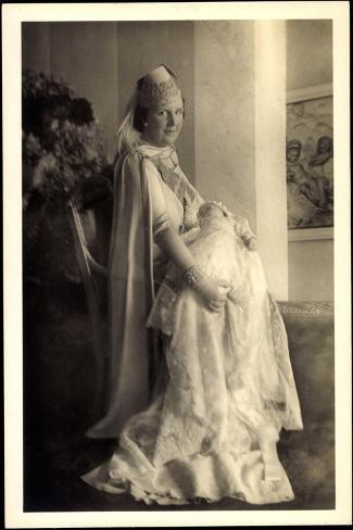 Prinzessin Juliana Mit Beatrix, Niederlande--Stretched Canvas Print