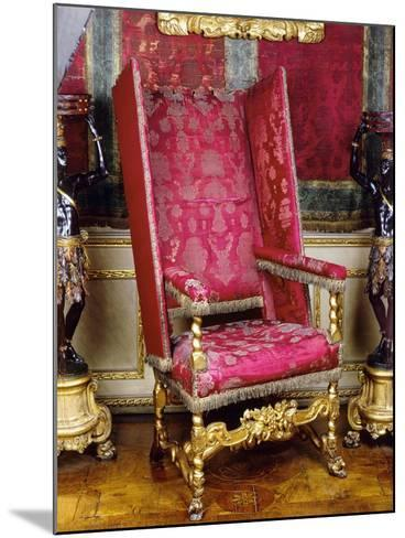 Charles II Style Carved and Gilt Wood Armchair known as Sleeping Chair with Adjustable Back, 1679--Mounted Giclee Print