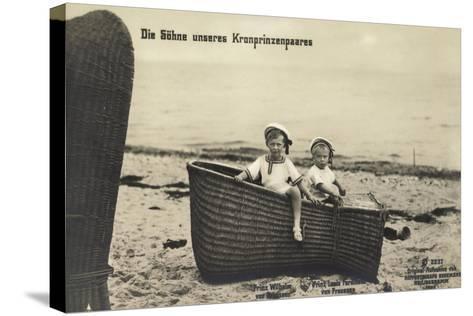 Söhne Unseres Kronprinzenpaares Im Strandkorb--Stretched Canvas Print