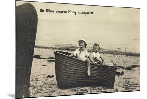 Söhne Unseres Kronprinzenpaares Im Strandkorb--Mounted Giclee Print