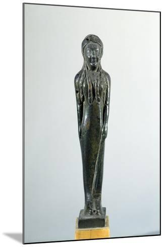 Kore in Bronze, 530-520 BC--Mounted Giclee Print