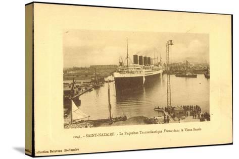 Saint Nazaire, Dampfer France, Hafen, CGT--Stretched Canvas Print