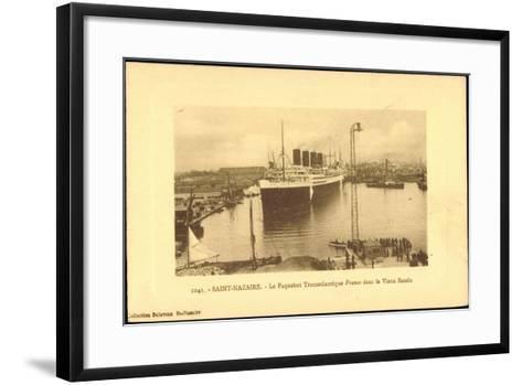 Saint Nazaire, Dampfer France, Hafen, CGT--Framed Art Print