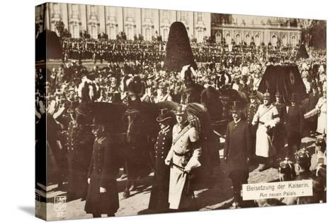 Beisetzung Der Kaiserin Auguste Viktoria 1921--Stretched Canvas Print
